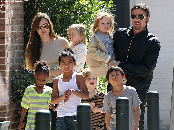 Angelina Jolie and Brad Pitt Family picture