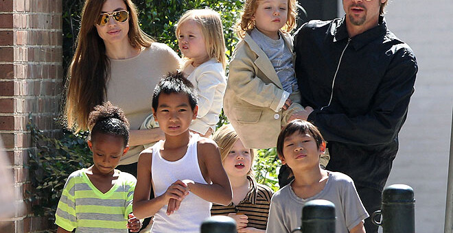 Why Angelina Jolie Filed a Divorce for her Husband of 2 years-Brad Pitt?
